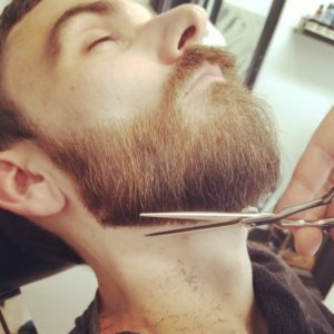 beard trimming1